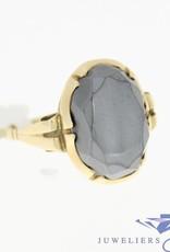Antieke 14k gouden ring met hematiet uit periode 1906-1953