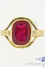 Vintage 18 carat gold ring with synthetic ruby