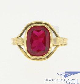 Vintage 18k gouden ring met synthetische robijn