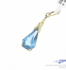 Vintage 14 carat gold pendant with aquamarine 1930s style