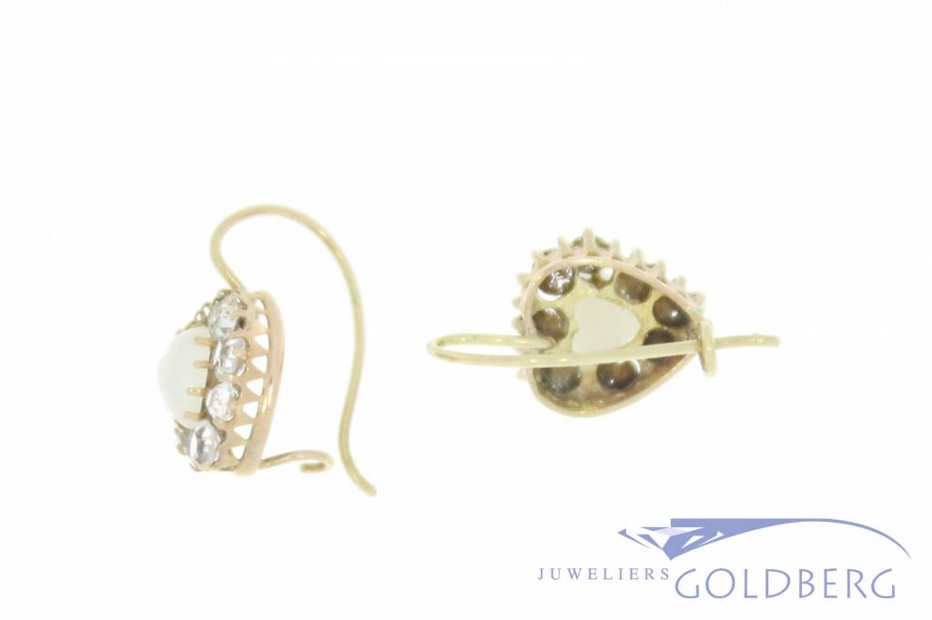 Antique 14 carat gold heart-shaped earrings with moonstone and rhinestone 1853-1906