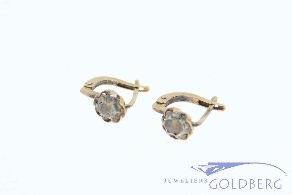 Antique 14 carat gold earstuds with rose cut diamond 1906-1953