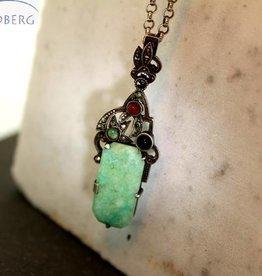 Antieke zilveren collier en hanger met jade, marcasiet, carneool en onyx