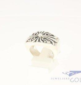 Vintage heavy silver ring ornate cross