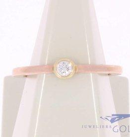 Vintage rosé gouden solitair ring met ca. 0.10ct briljant