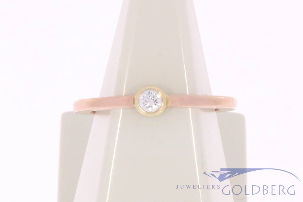 Vintage 14 carat rose gold solitair ring with ca. 0.10ct brilliant cut diamond
