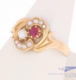Vintage 18k  gouden ring met robijn en parel