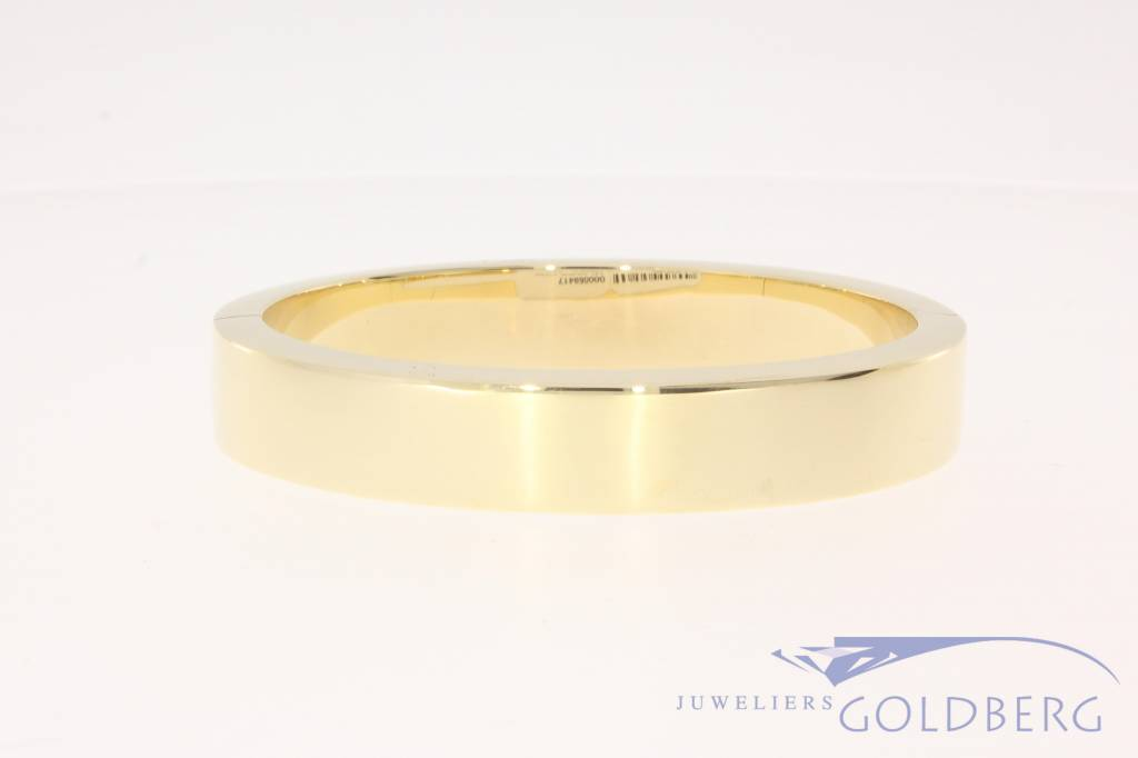 Vintage heavy 14k gold bangle