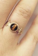 Antieke 14k gouden ring met tijgeroog 1906-1953