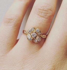 Vintage 18k gouden bloemvormige ring met ca. 0.45ct briljant