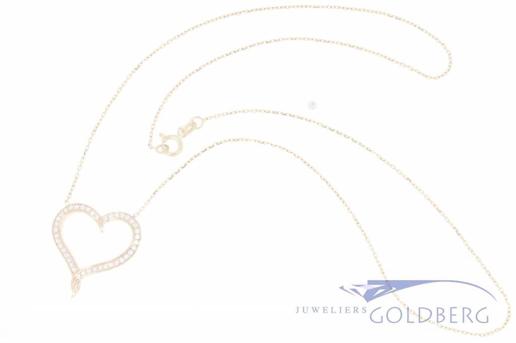 14k gold necklace with heart with zirconia's