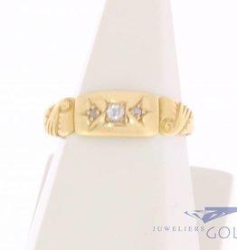 Antique 18 carat gold ring with ca. 0.035ct brilliant cut diamond Birmingham 1925