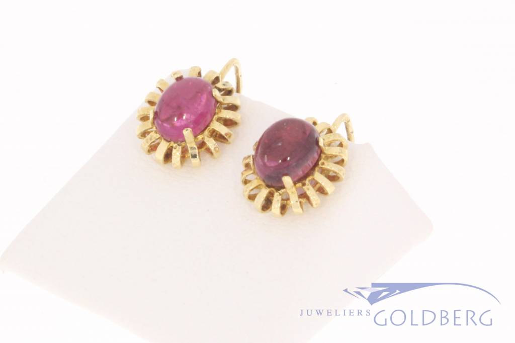 14 carat gold earrings with amethyst