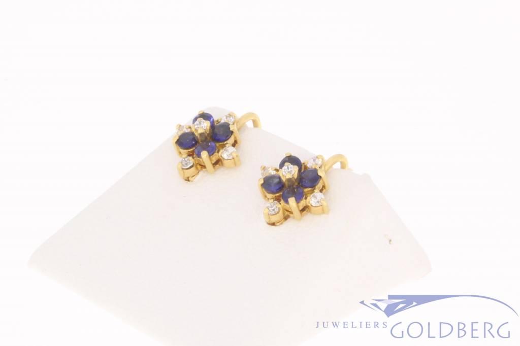 Vintage 18k gouden oorstekers met zirconia en synthetische saffier