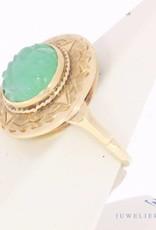 Vintage 14 carat with gold jade