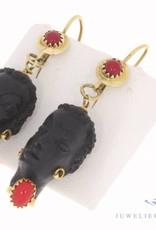 Vintage 18k geelgouden oorhangers van Corletto met zwart gezicht ebbenhout