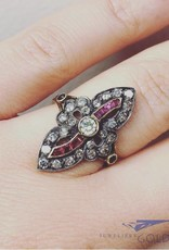 Antique 14 carat gold ring with ca. 0.84ct diamond and ruby
