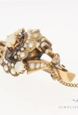Antique 14 carat gold brooch with stone pearl