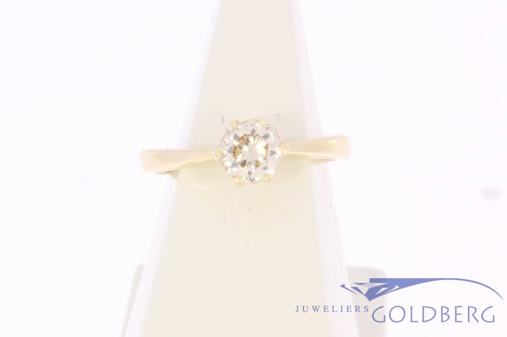 14 carat gold solitair ring ca. 0.56ct passion fire diamond