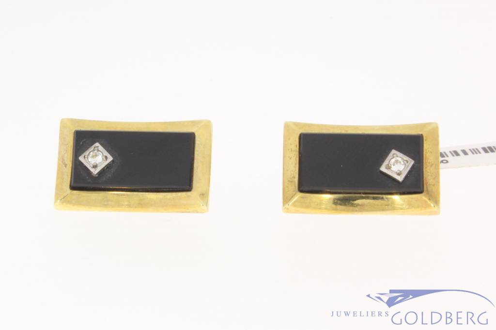 Vintage 14 carat gold cufflinks with onyx and zirconia