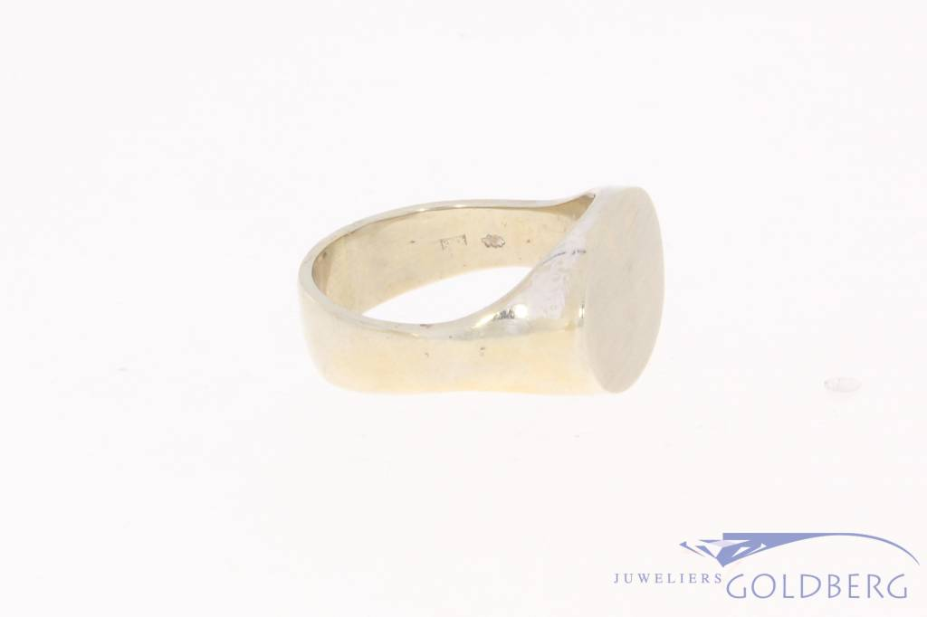 Vintage 14 carat white gold unisex signet ring