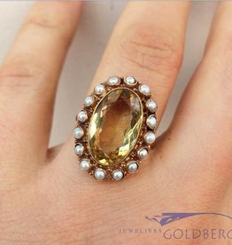 Vintage 14 carat gold ring with large citrine and pearl