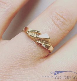 Vintage 14 carat gold edited ring