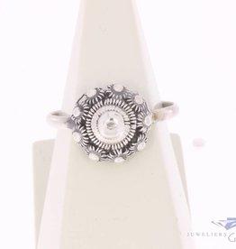 Vintage silver Zeeland knot ring