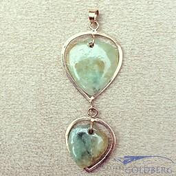 Vintage 18 carat gold heart shaped pendant with jade
