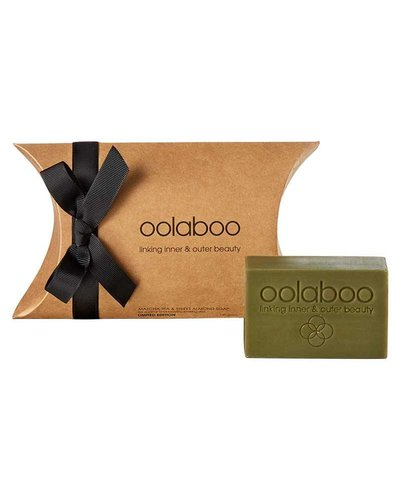Oolaboo Matcha Tea & Sweet Almond Soap 150gr