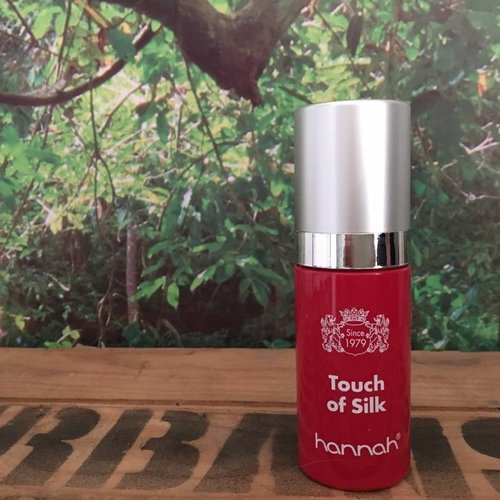 Review: hannah Touch of Silk