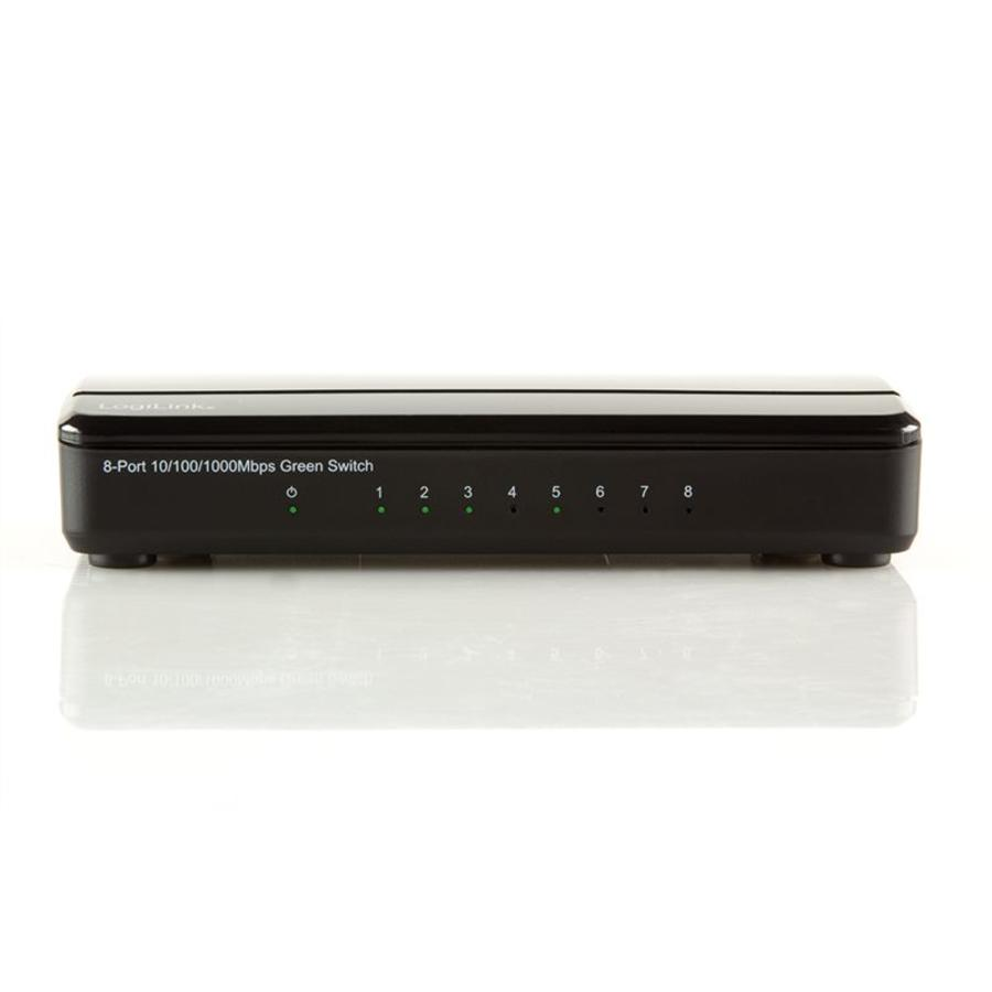 8-POORTS GIGABIT SWITCH 10/100/1000 MBPS
