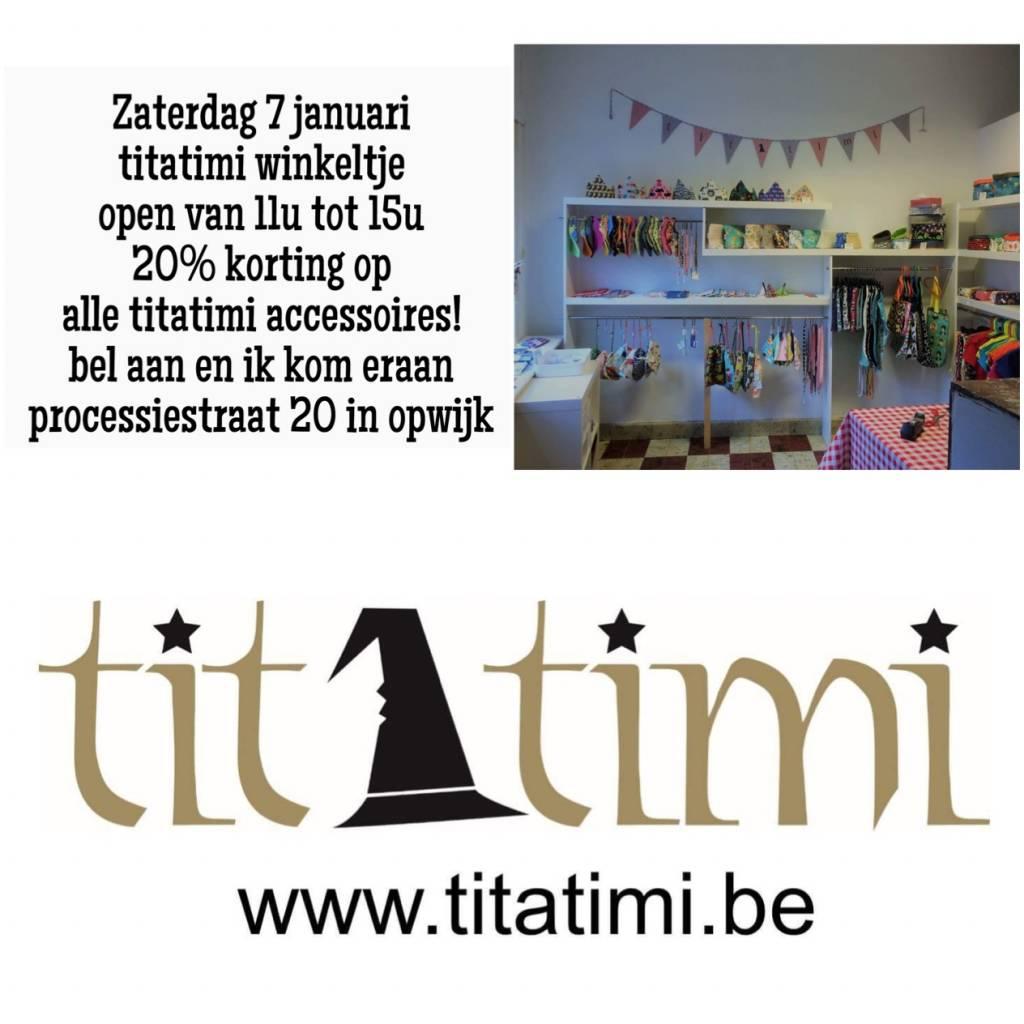 titatimi winkeltje open tijdens de koopjes!