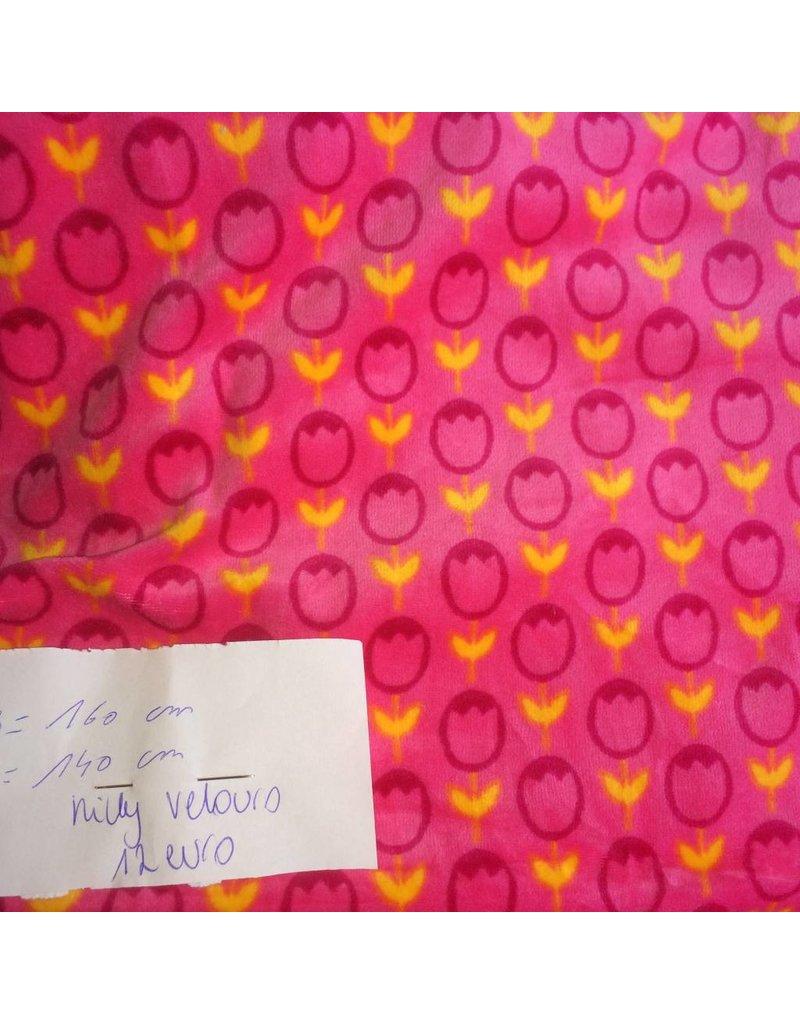 stof nicky velours bloemen op roze