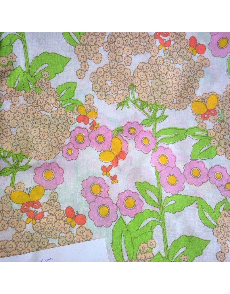 stof katoen bloemen op wit