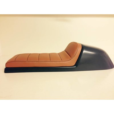Cafe Racer Seat Tuck N' Roll Stitch Brown Type 32