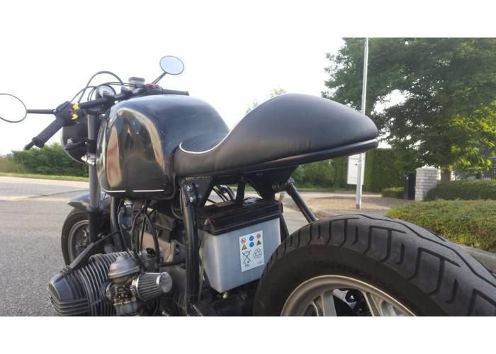Cafe Racer Seat Tuck N Roll Stitch Black Type 35 likewise 198699 Giuliari Seat Bmw together with Giuliari Cafe Racer Replica Seat Voor Bmw 7 besides International Engine Fuel Filters additionally Giuliari Cafe Racer Replica Seat Voor Bmw 7. on giuliari cafe racer replica seat voor bmw 7