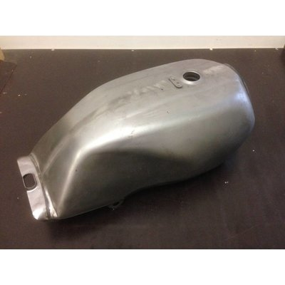 Honda Cb Style Fuel Tank with Accessoires Type 8