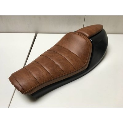 "Cafe Racer ""Neo"" Seat Tuck 'N Roll Brown 3"