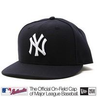 New Era New York Yankees Cap (+ free Cap Buddy)