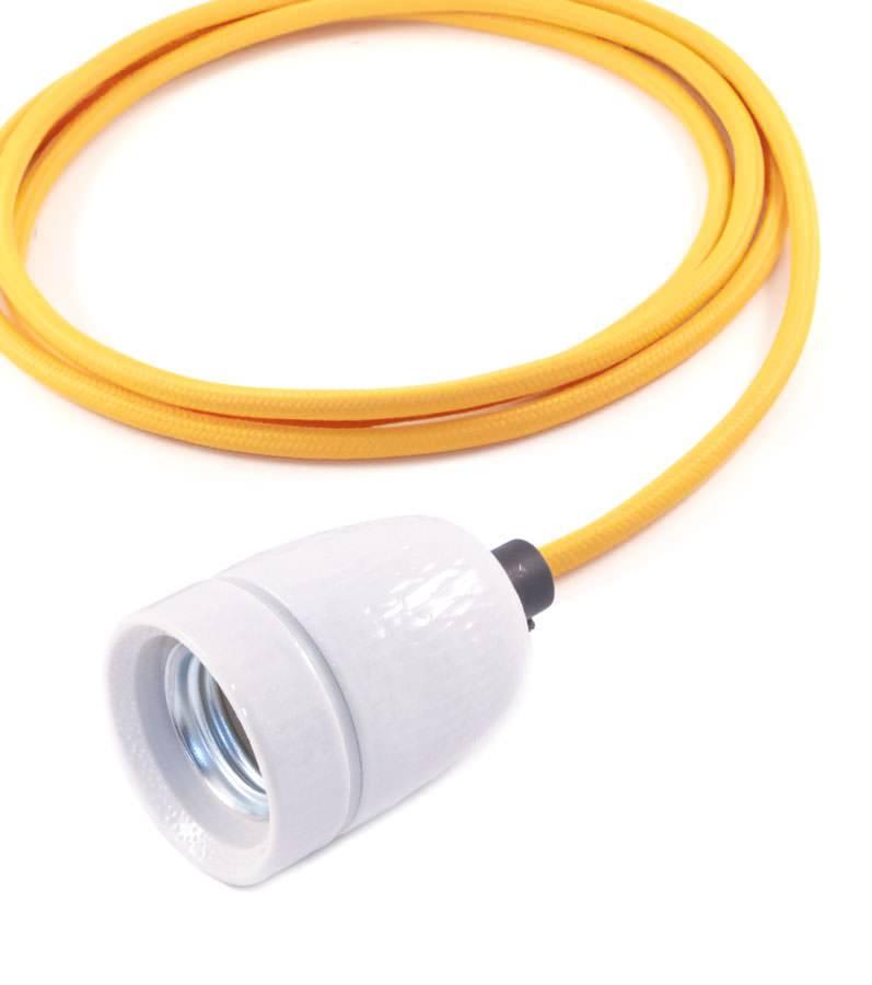 Het Lichtlab No.1 hanglamp met okergeel strijkijzersnoer