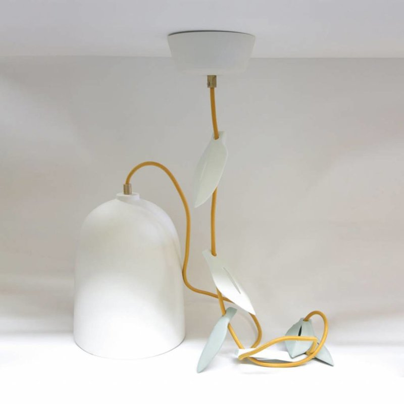 Studio Harm en Elke Hanglamp porselein blad wit – gele snoer