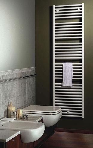 Saniglow handdoekradiator, wit, recht, B400, diverse hoogtes, inclusief bevestigingsset,