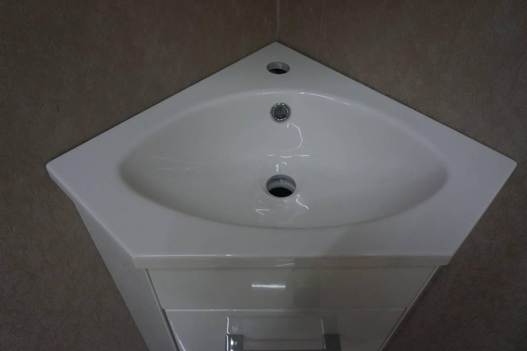 Hoek Wasbak Badkamer : Lena hoek fonteinkast wast en spiegelk wit