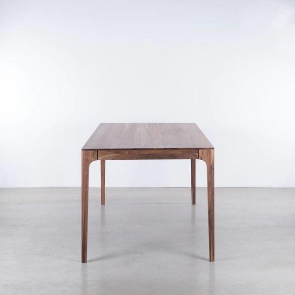 bSav & Okse Rikke tafel Walnoot