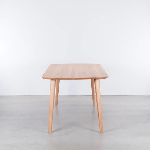 bSav & Okse Tomrer tafel Beuken