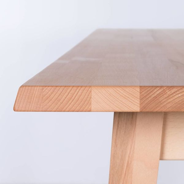 bSav & Okse Illum tafel Beuken
