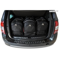 ma gefertigtes reisetaschen set f r dacia duster. Black Bedroom Furniture Sets. Home Design Ideas