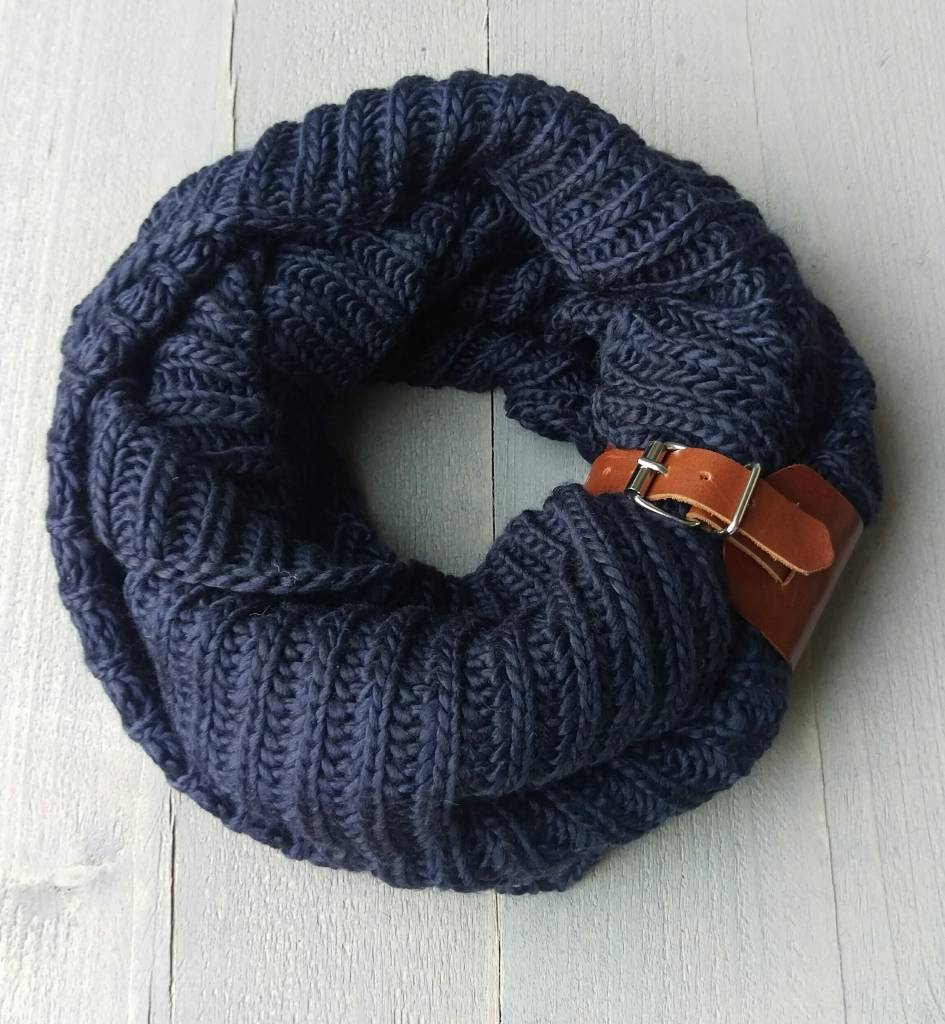 Cutiezz Equestrian scarf