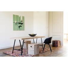 """""""Lystrup"""" Tisch aus Bauholz mit Tischböcken aus Stahl"""